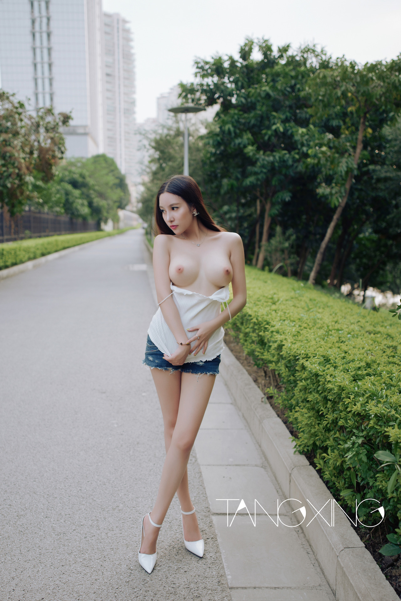hot nude Chinese girl